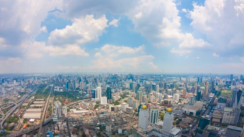 Ansicht von Bangkok-Stadt mit Wolken stockfotos