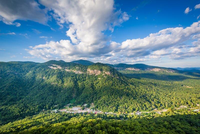 Ansicht von Bergen vom Kamin-Felsen-Nationalpark, North Carolina lizenzfreie stockbilder