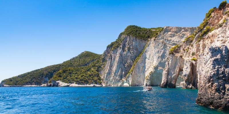 Ansicht von blauen Höhlen Keri in Insel Zakynthos Zante, in Griechenland lizenzfreies stockbild