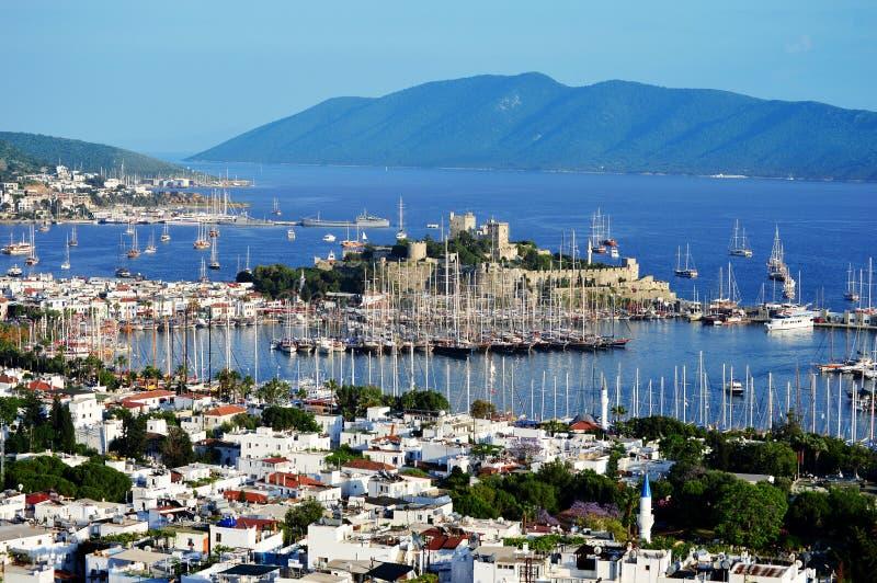 Ansicht von Bodrum-Hafen während des heißen Sommertages Das Türkische Riviera lizenzfreies stockbild