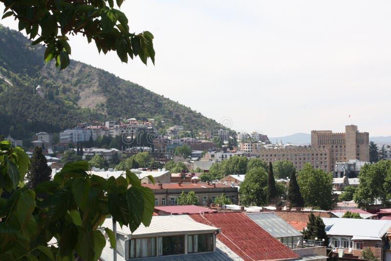 Ansicht von der alten Straße in Tiflis stockfotos