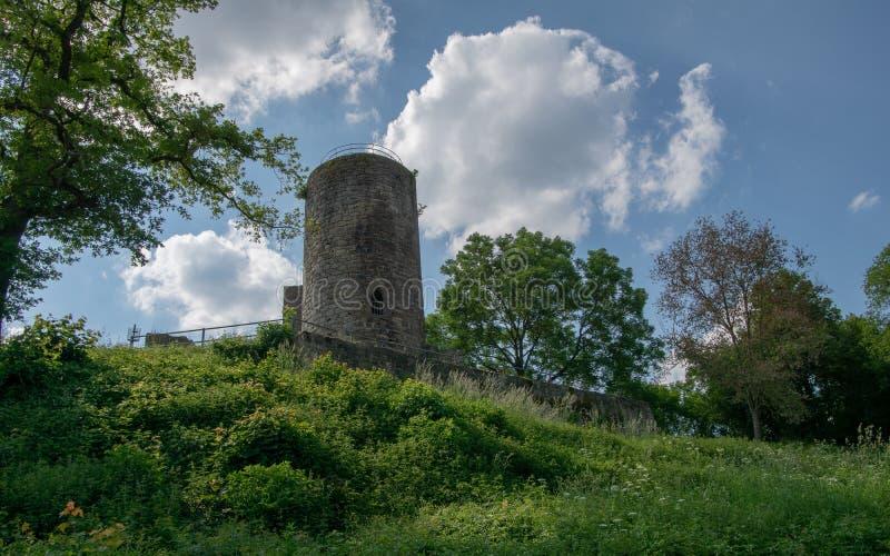 Ansicht von der deutschen Ruine Kugelsburg stockbilder