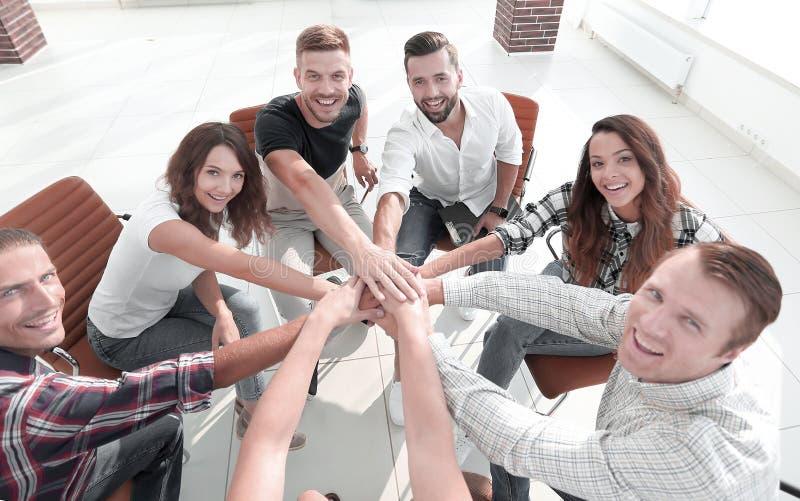 Ansicht von der Oberseite Erfolgreiches Geschäfts-Team stockfoto