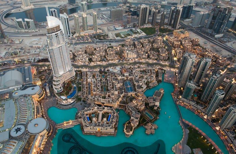 Ansicht von Dubai von Burj Khalifa stockfotografie