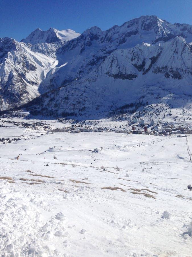 Ansicht von einem Berg stockfotografie