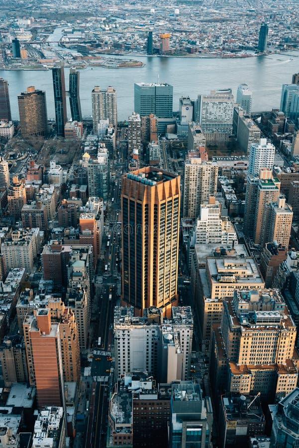 Ansicht von Geb?uden in Midtown Manhattan, in New York City lizenzfreie stockfotos