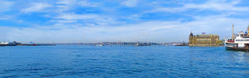 Ansicht von Kadıkoy auf Haydarpasa-Anschluss lizenzfreies stockbild