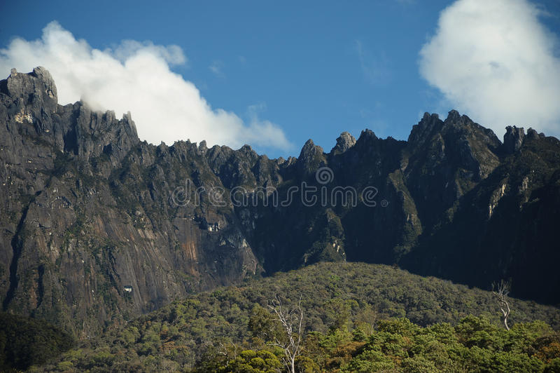 Ansicht von Kinabalu-Berg Malaysia lizenzfreie stockfotografie