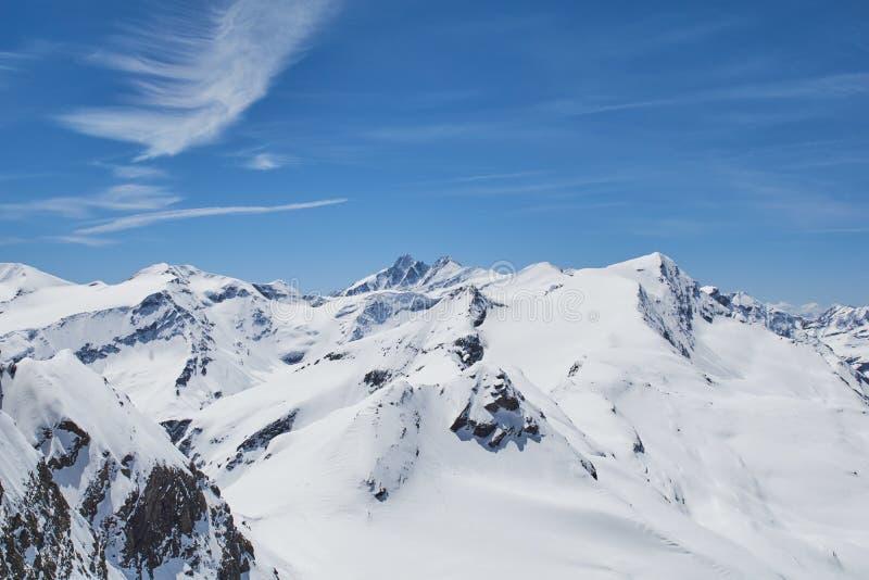 Ansicht von Kitzsteinhorn die Spitzen des Nationalparks Hohe Tauern in Österreich lizenzfreies stockfoto