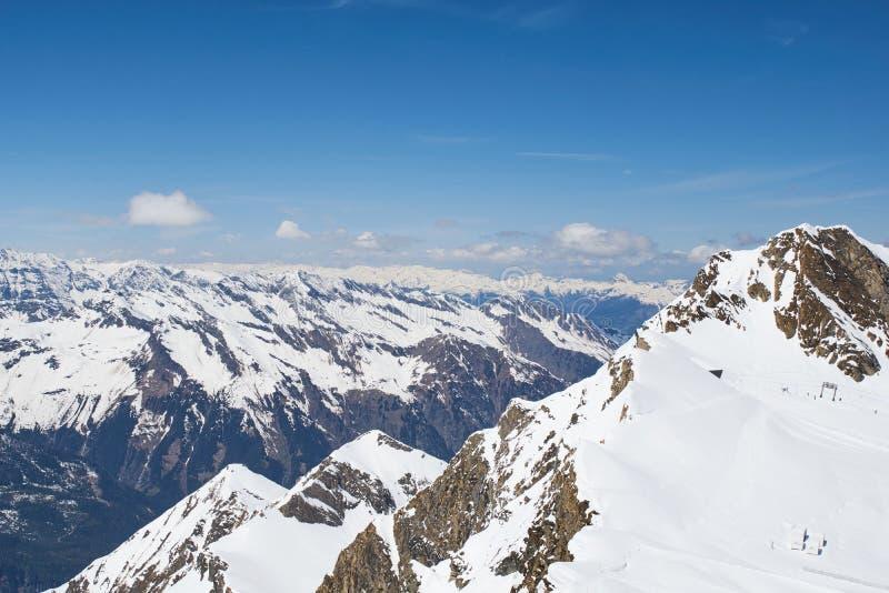 Ansicht von Kitzsteinhorn die Spitzen des Nationalparks Hohe Tauern in Österreich lizenzfreie stockbilder