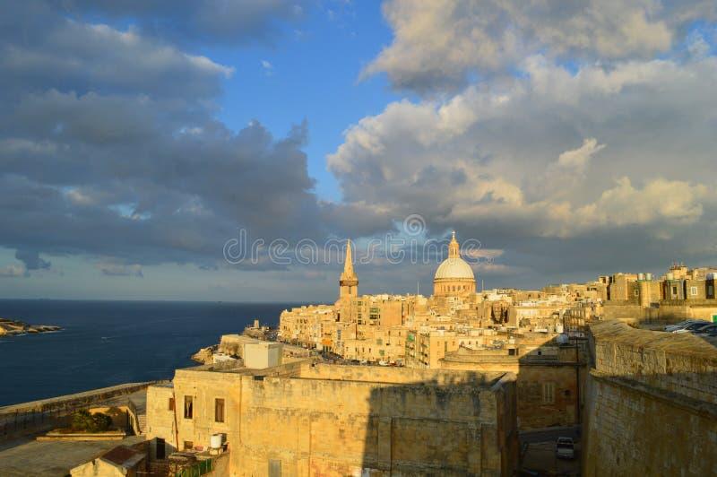 Ansicht von La Valletta Sonnenuntergang lizenzfreies stockbild
