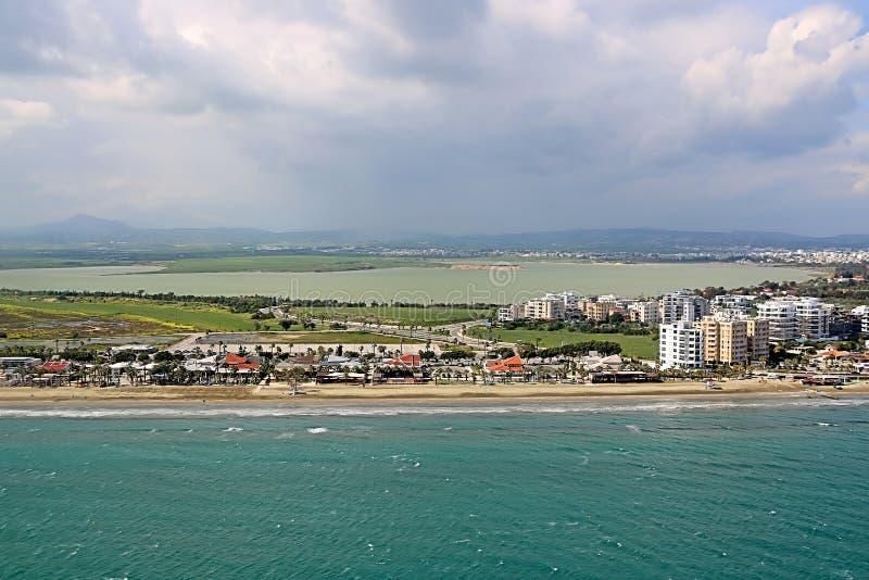 Ansicht von Larnaka-Vororten nahe Flughafen, Zypern lizenzfreie stockbilder