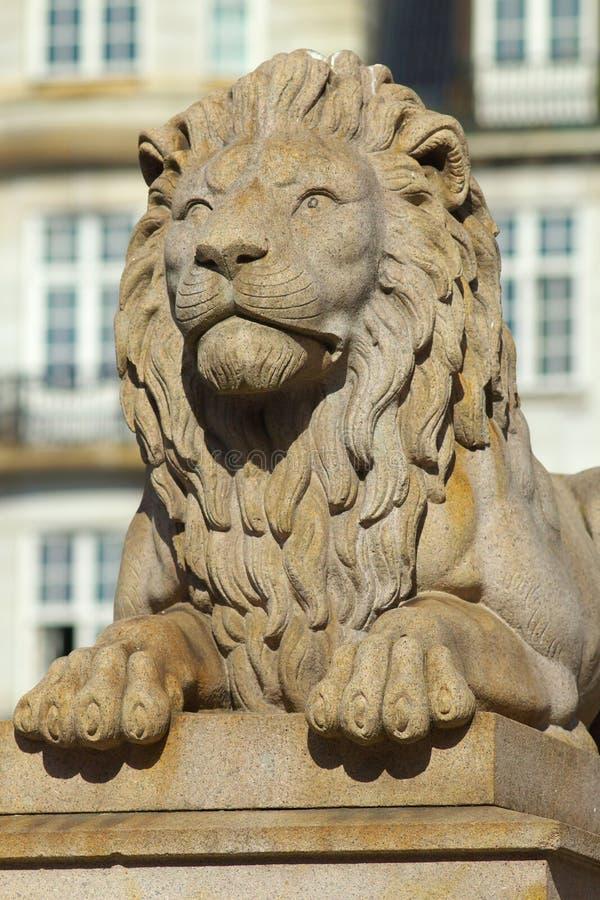 Ansicht von Lion Sculpture, Stadt von Oslo, Norwey lizenzfreies stockbild