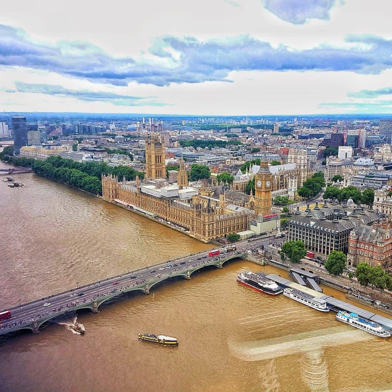 Ansicht von London-Auge stockbilder