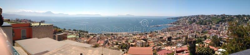 Ansicht von Neapel vom Landhaus Floridiana, Italien lizenzfreies stockbild