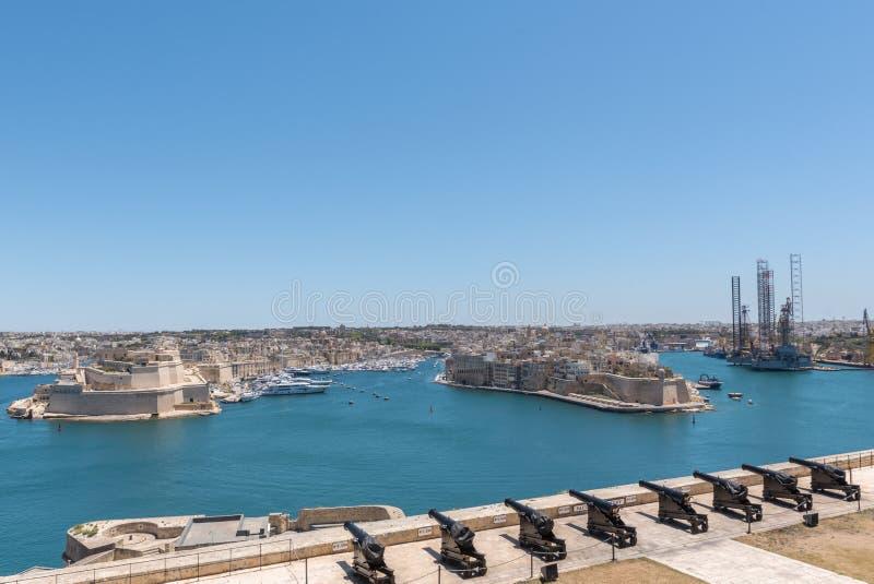 Ansicht von oberen Barrakka-Gärten im La Valleta, Malta stockfotografie