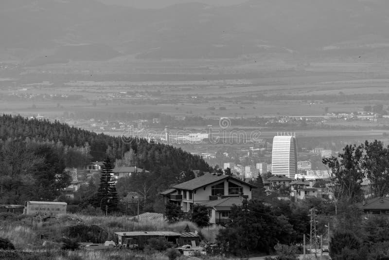 Ansicht von Ost-Sofia und von Flughafen lizenzfreie stockbilder