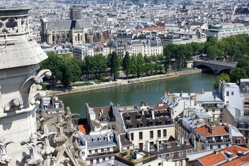 Ansicht von Paris von einer Höhe frankreich lizenzfreie stockbilder