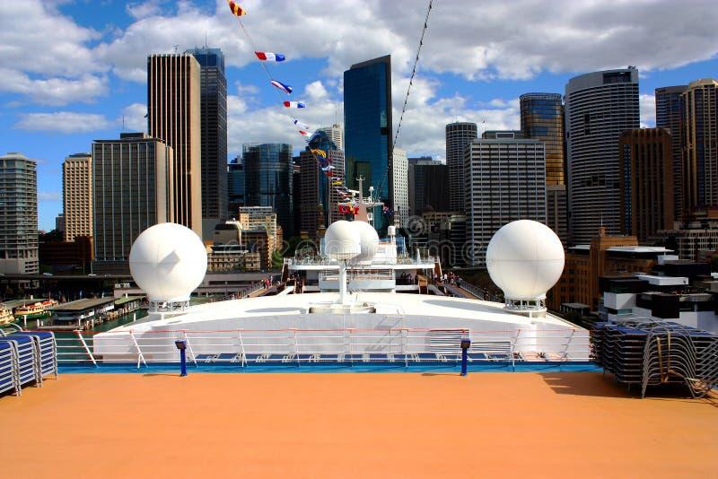Ansicht von Sidney vom Kreuzschiff lizenzfreies stockbild