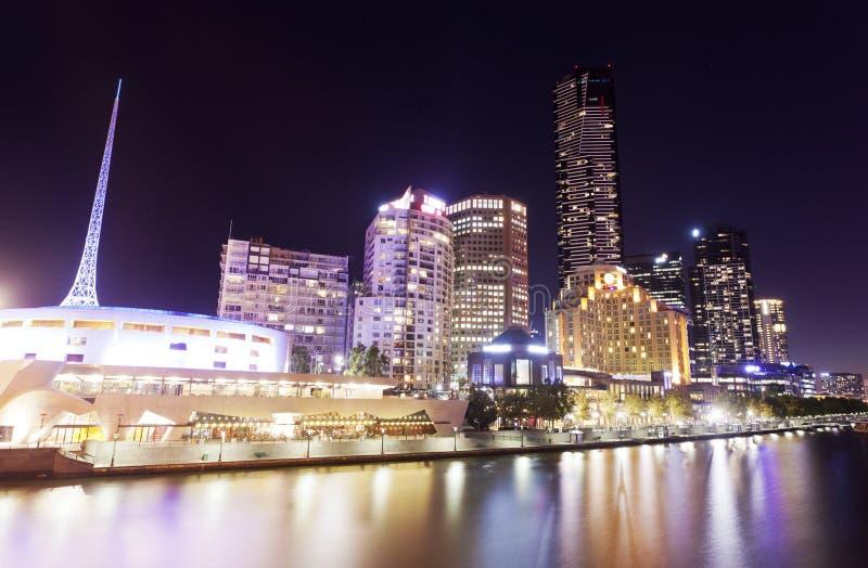 Ansicht von Southbank-Bereich in Melbourne, Australien stockbilder