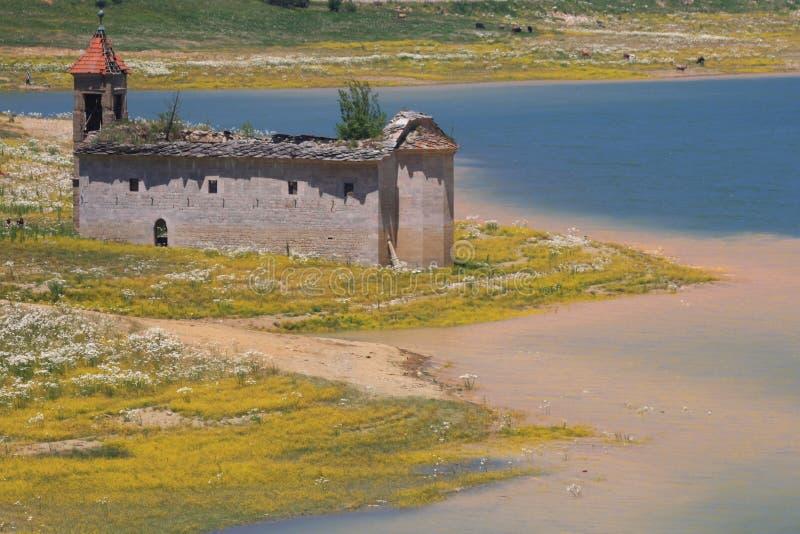 Ansicht von St. Nicolas im Nationalpark Mavrovo lizenzfreie stockbilder