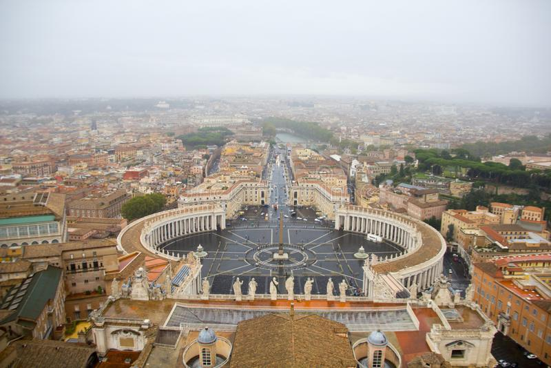 Ansicht von St Peter Basilika, Vatikan lizenzfreies stockbild