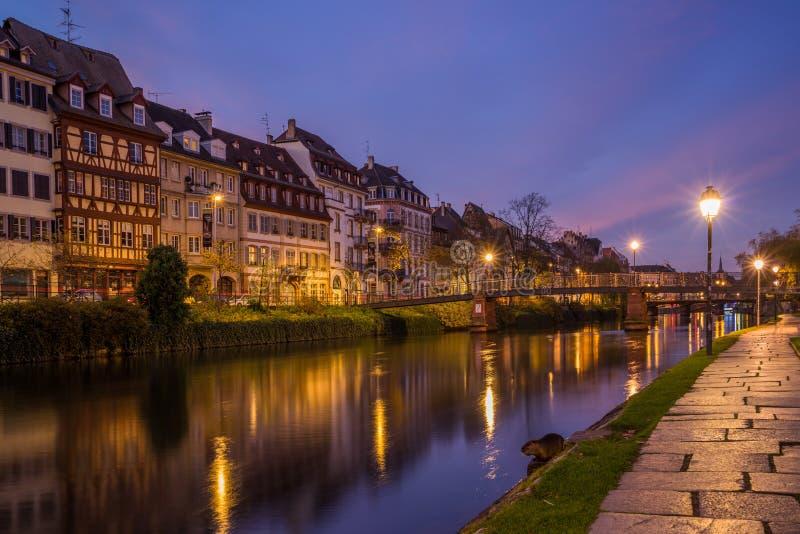 Ansicht von Straßburg Frankreich der Fluss stockfotografie