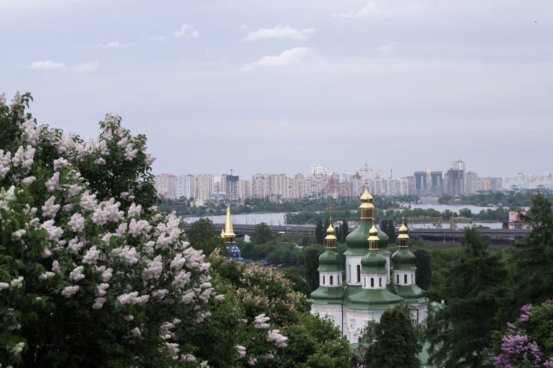 Ansicht Vudubickiy, Kiew stockfotos