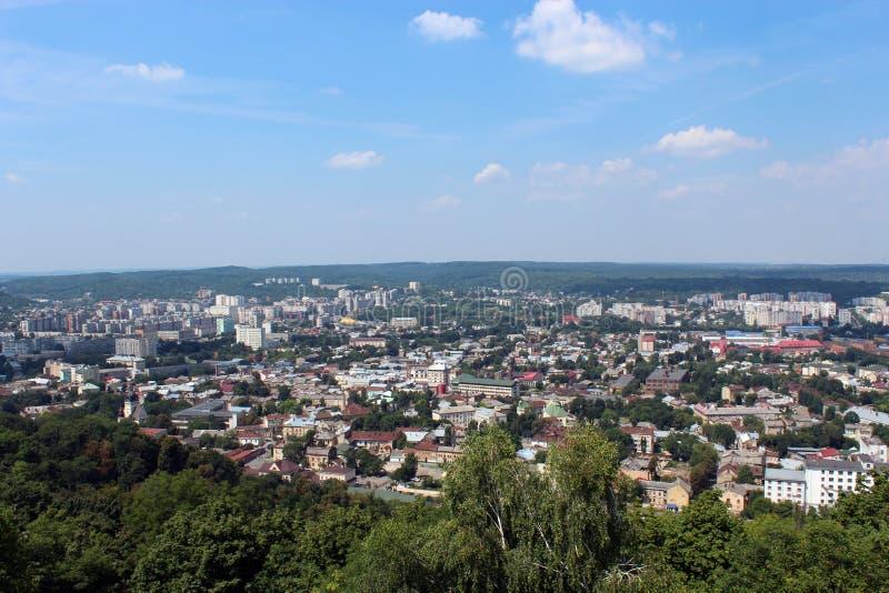 Ansicht zu den Hausdächern in Lvov-Stadt stockfoto