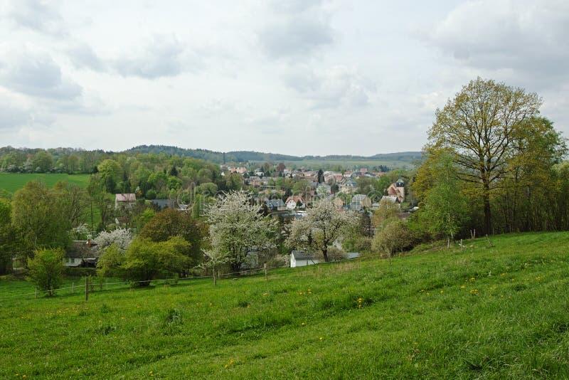 Ansicht zu Neusalza Spremberg stockfotos