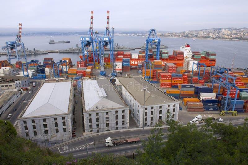 Ansicht zum FrachtSeehafen von Valparaiso, Chile lizenzfreie stockfotografie