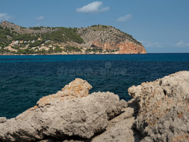 Ansicht, zum von vermell, canyamel, Mallorca, die Balearischen Inseln mit einer Kappe zu bedecken lizenzfreie stockfotografie