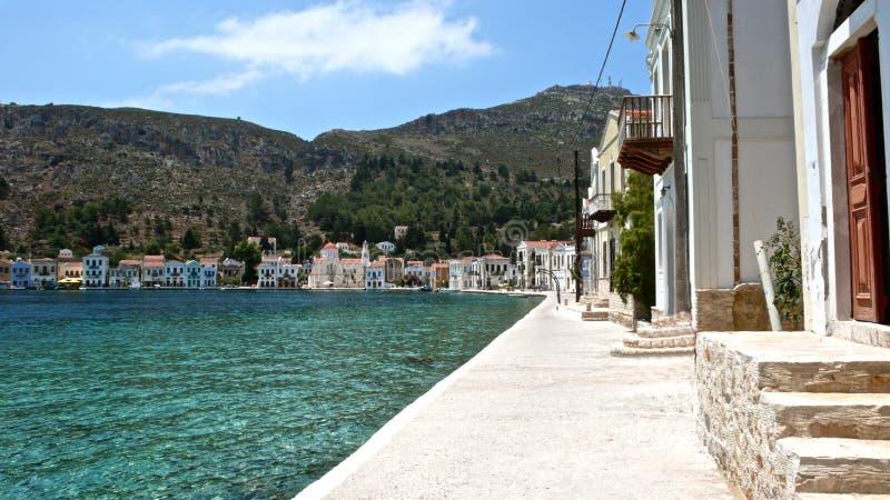 Ansichten einer schöne Küstenlinie von der Insel von Rhodos lizenzfreie stockbilder