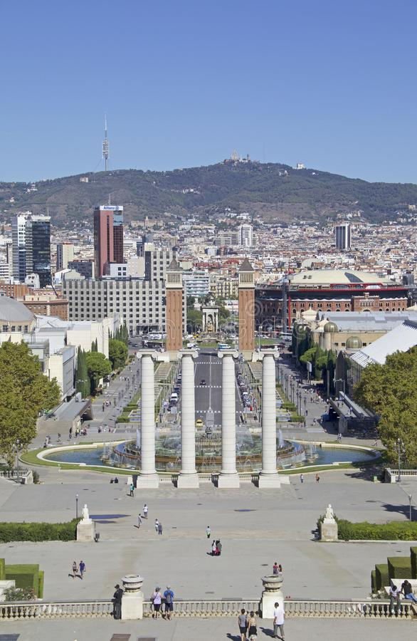 Ansichten von Barcelona mit ` Espanya Plaça d und dem magischen Brunnen von Montjuïc lizenzfreies stockbild