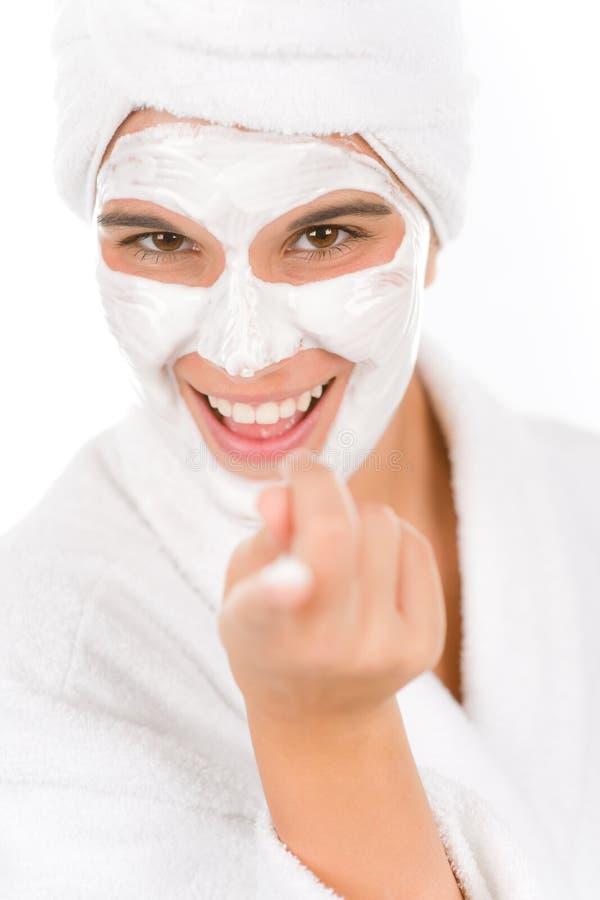 ansikts- lycklig maskeringstonåringkvinna arkivbild