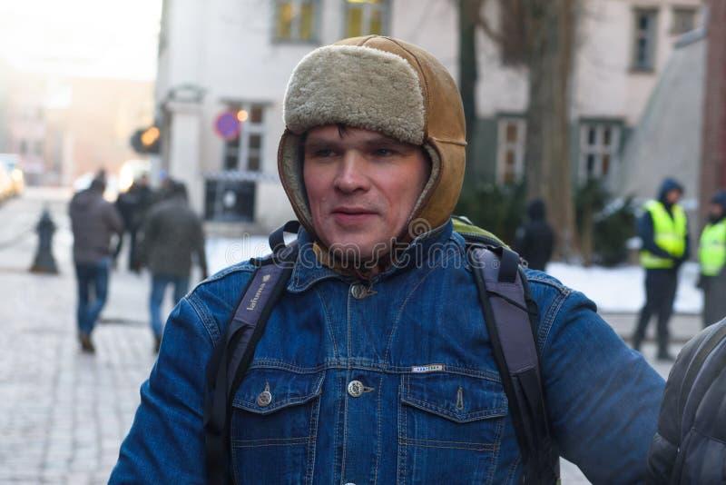 Ansis Ataols Berzins, tijdens Demonstratie tegen nieuwe coalitie van regering van Letland royalty-vrije stock afbeelding
