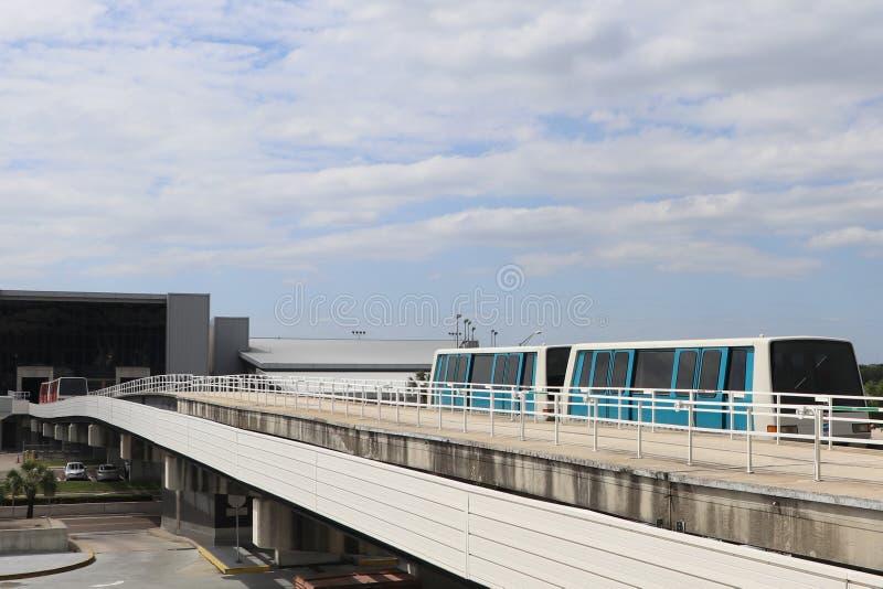 Anslutningsdrev på flygplatsen arkivbild