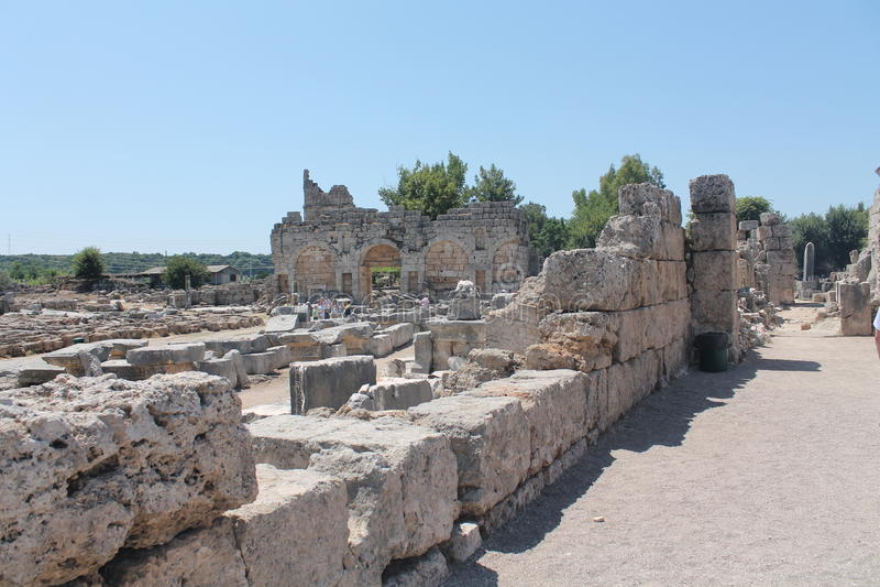 Antalia камней руин стоковые фотографии rf