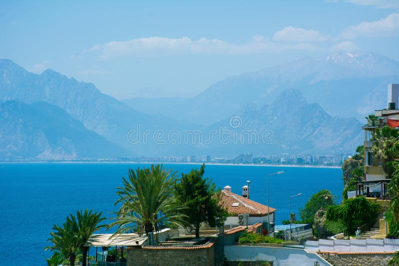 Antalya-Ansicht des Mittelmeeres Heller sonniger Sommertag lizenzfreies stockbild