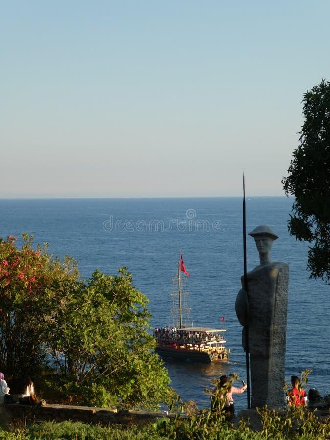 Antalya för stad för havsstaty gammal kalkon fotografering för bildbyråer