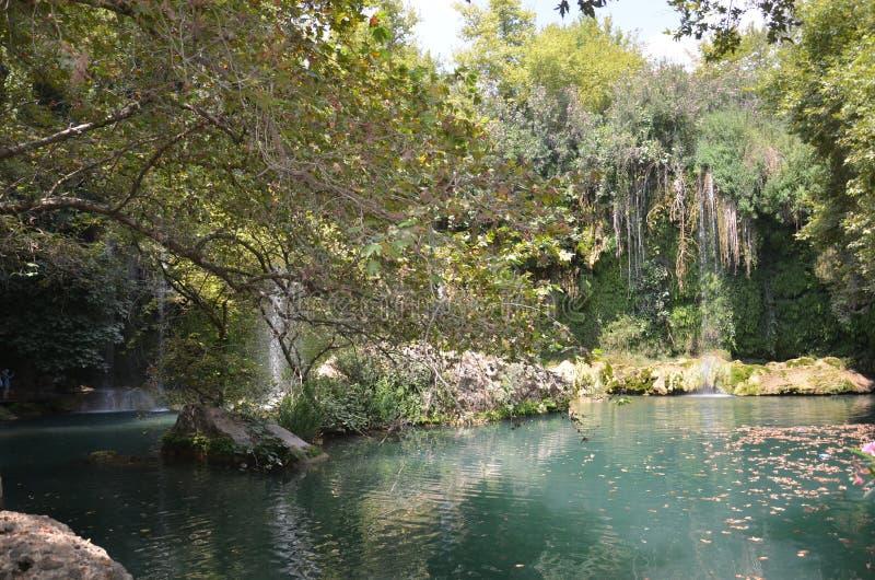 Antalya, Kursunlu siklawa z naturalnymi cudami, Wszystkie cienie zieleń obraz stock