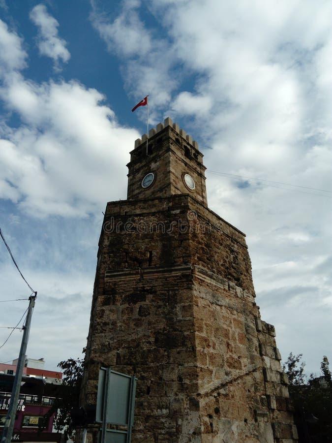 Antalya Oldtown unikt klockatorn royaltyfria foton