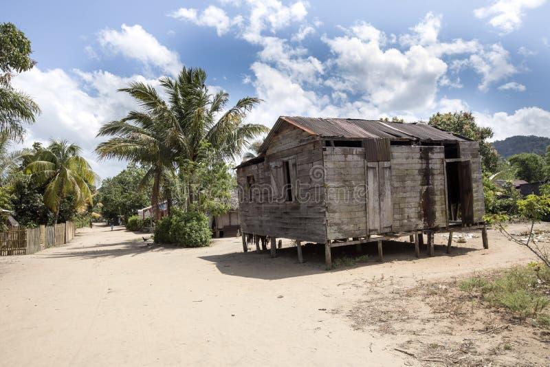 Antanifotsy wioska w delcie rzeczny Antainambalana, Madagascar obrazy stock