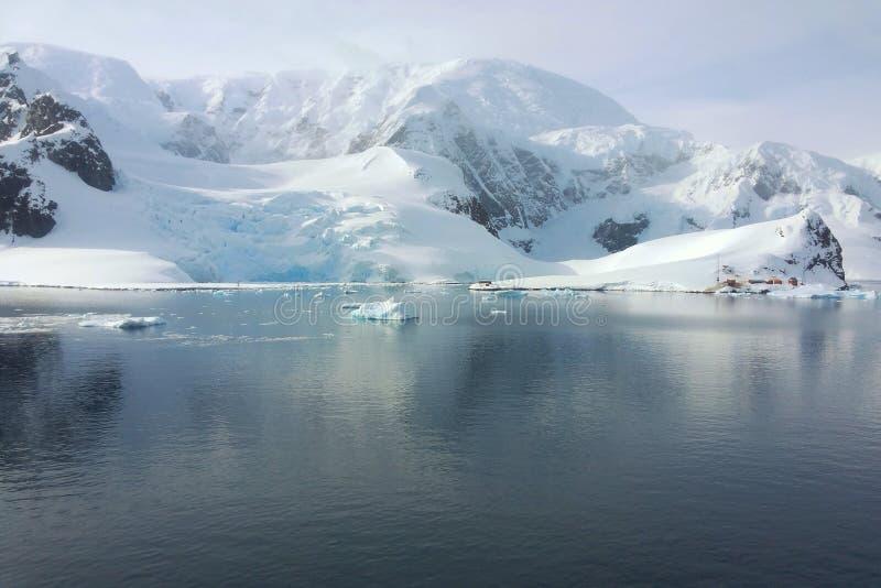 Antarctisch landschap stock afbeelding