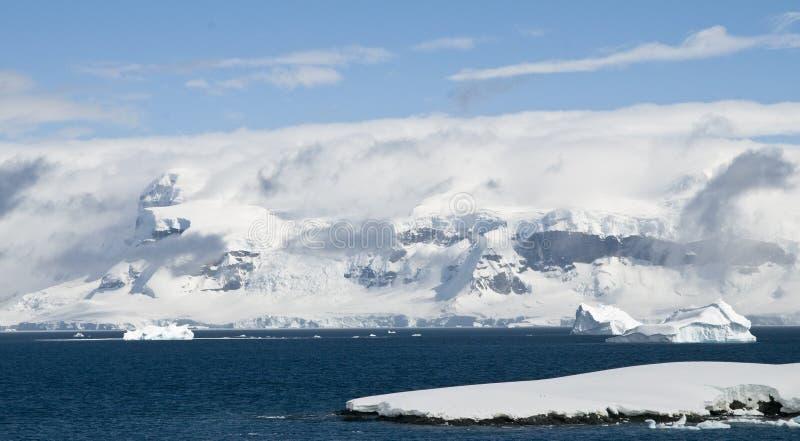 Antarktische Halbinsel-Landschaft stockfotos