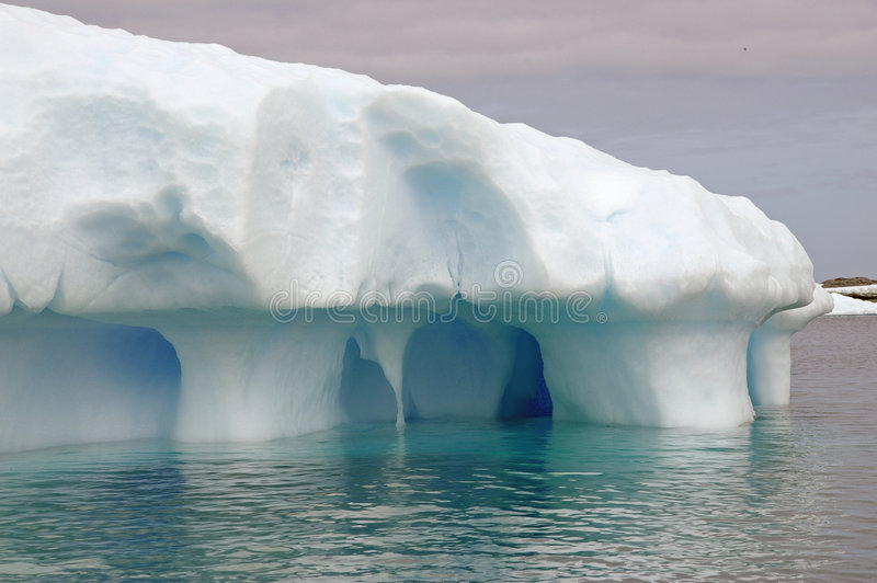Antartic Eisberg lizenzfreies stockbild