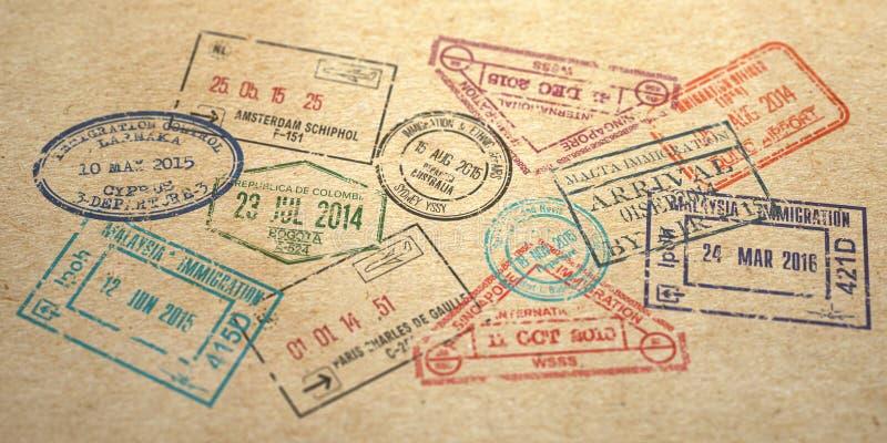 Antecedentes de diferentes carimbos de vistos em papel artesanal fotografia de stock royalty free