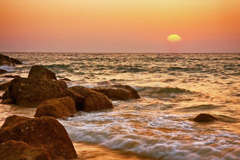 Antecedentes de la puesta del sol del mar imagen de archivo libre de regalías