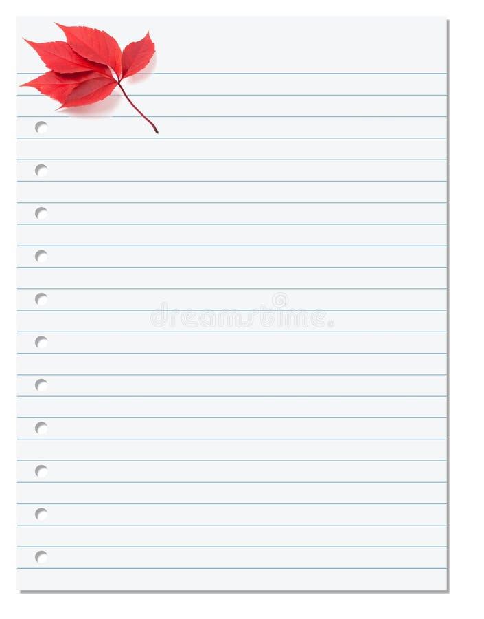 Anteckningsbokpapper med det röda bladet för höstvirginia ranka i hörn fotografering för bildbyråer