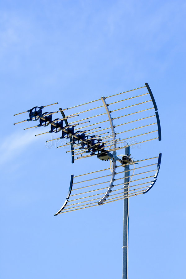 Antena d'antenne de TV photographie stock libre de droits